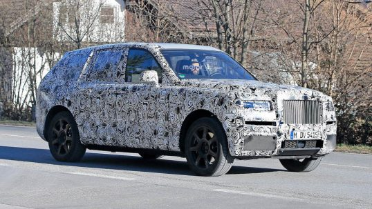 rolls-royce-cullinan-suv-spy-photos