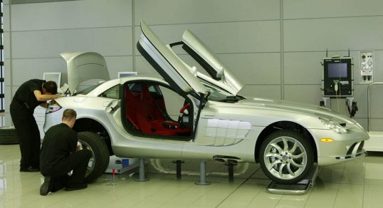 supercar-manufacturing-4