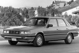 1984-toyota-camry-front-side-view