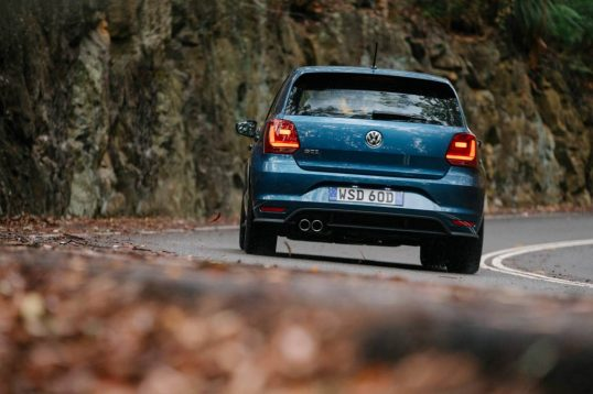 2015-volkswagen-polo-gti-car-review-2
