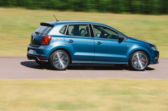 2015-volkswagen-polo-gti-car-review-3