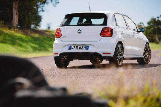 2015-volkswagen-polo-gti-car-review-5