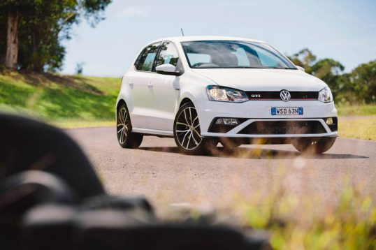2015-volkswagen-polo-gti-car-review-7
