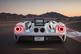 2017-ford-gt-rear-end