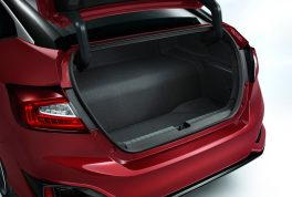 2017-honda-clarity-fuel-cell-trunk