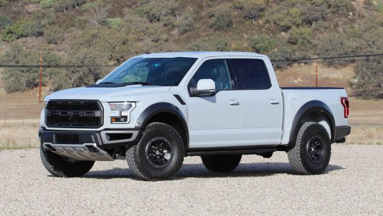 2017-ford-f-150-raptor-first-drive