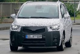 2017-opel-meriva-spy-photo2