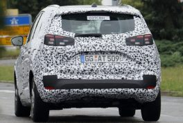 2017-opel-meriva-spy-photo5