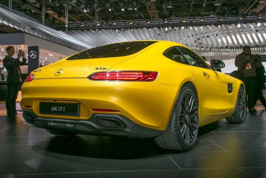 2018-mercedes-amg-gt-s-refresh-rear-three-quarter-1