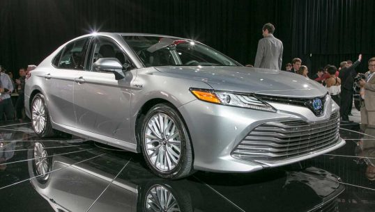 2018-toyota-camry-xle