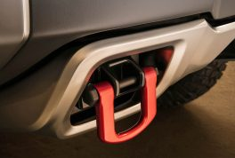 chevrolet-colorado-zh2-concept-integrated-tow-hooks-1