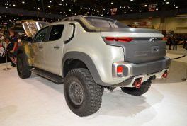 chevrolet-colorado-zh2-fuel-cell-electric-vehicle-rear-three-quarter