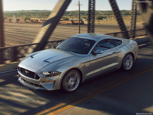 ford-mustang_gt-2018-1024-04