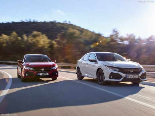 honda-civic_eu-version-2017-1024-24