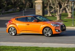 hyundai-veloster-value-edition-61