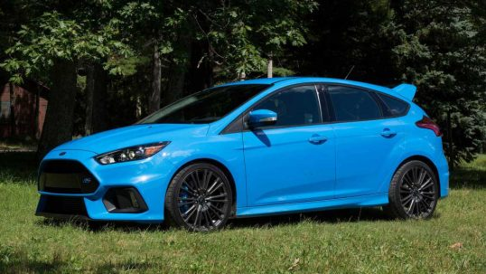 2016-ford-focus-rs-first-dr