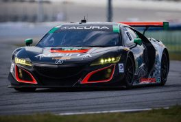 acura-nsx-gt3-race-car-front-end-in-motion-03