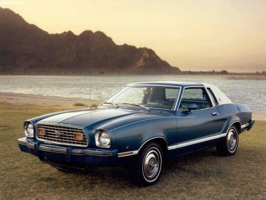 ford-mustang-1977-02