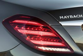 mercedes-benz-s-class_maybach-2018-1024-0b