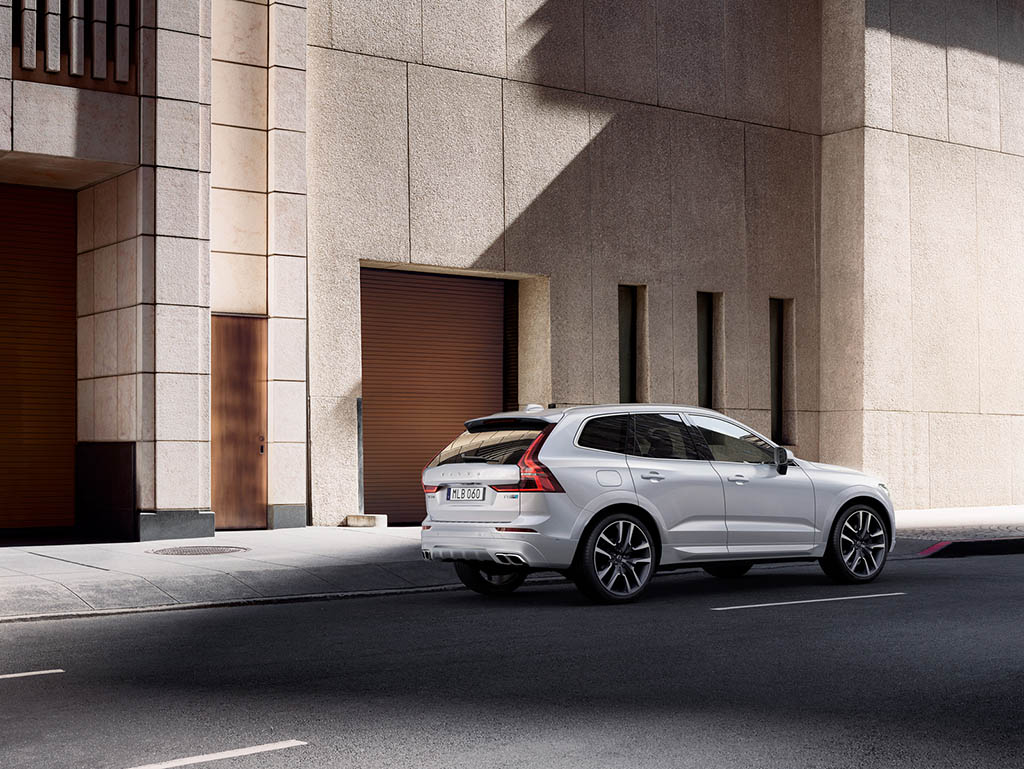 https://www.pedal.ir/wp-content/uploads/2017/07/xc60_polestar_optimisation_09.jpg