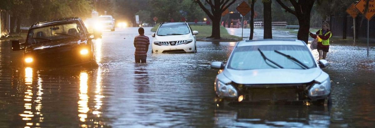 تصویر از ارائه تخفیف خودروسازان به قربانیان طوفان هاروی