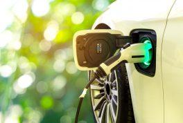خودروهای هیبریدی بهترند یا خودروهای الکتریکی؟