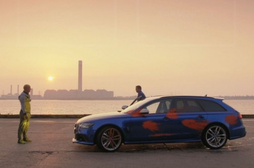 Audi RS 6 Avant and stuntman face-off