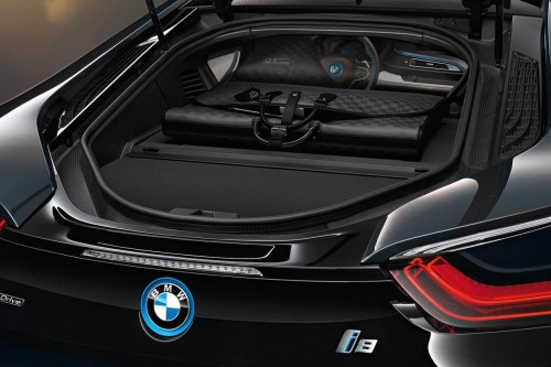 BMW i8 Louis Vuitton collection