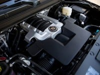 Cadillac-Escalade_2015_engine