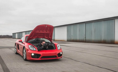 Porsche Cayman Is the Best Car-to-Car Photo Rig