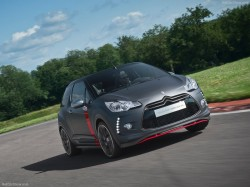 Citroen-DS3_Cabrio_Racing_Concept_2013_800x600_wallpaper_02
