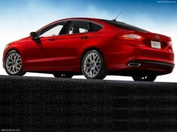 Ford-Fusion_2013_800x600_wallpaper_12