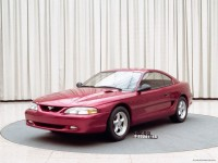 Production-intent 1994 Mustang coupe front