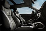 Hyundai-Veloster_Turbo_2013_front-seat