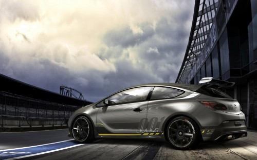 New Opel Astra Extreme OPC