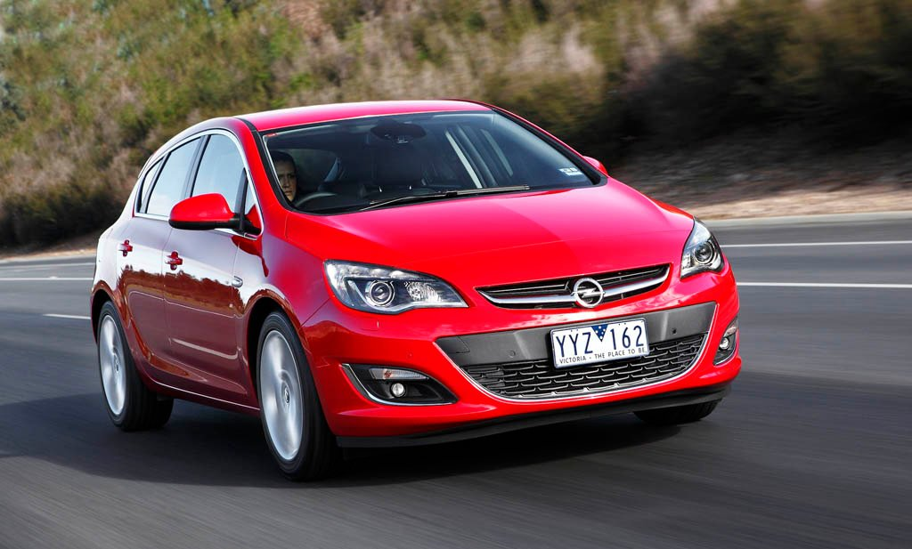 Opel-Astra-5dr-red-tracking