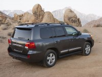 toyota land cruiser v8 2014