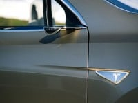 Tesla Model-X Sideview Camera No Mirror