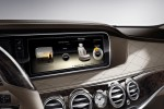 W222 Mercedes-Benz S-Class display