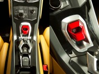 Lamborghini-Huracan-Interior-Steering-Wheel-Controls