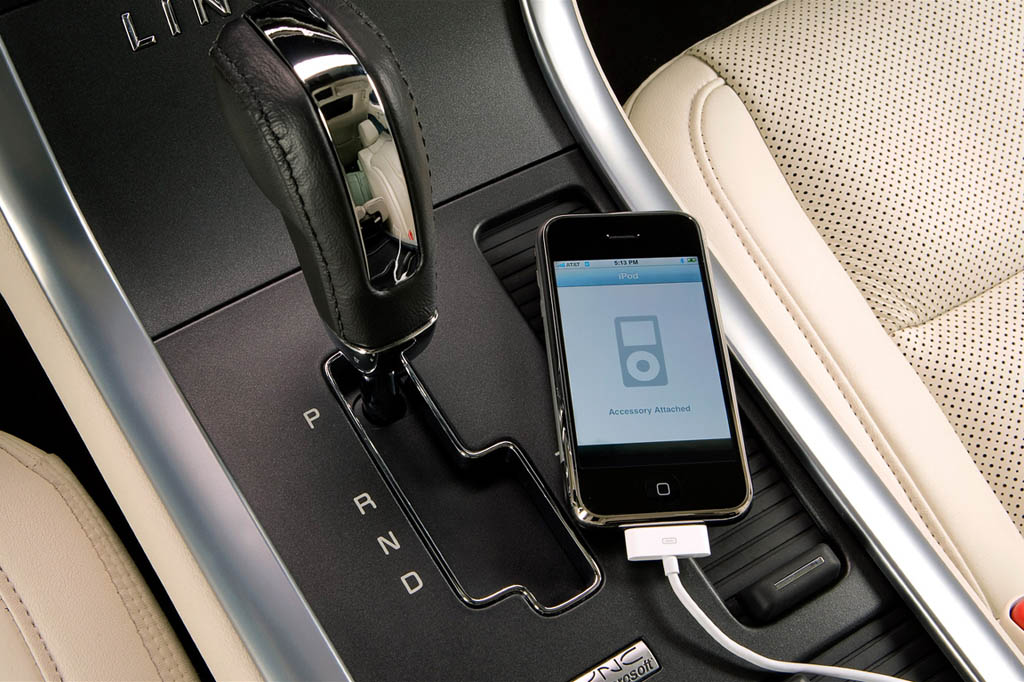 apple-iphone-in-lincoln-mks