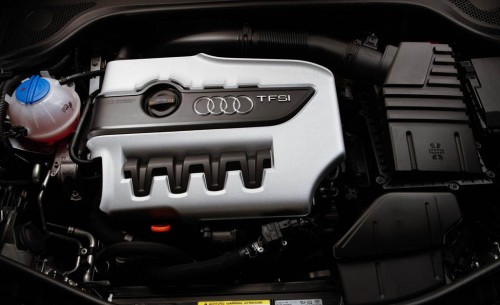 audi-turbocharged-4-cylinder-engine