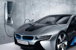 bmw-iwallbox-charging-station-and-i8-concept