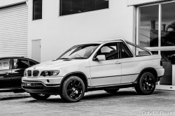 bmw-x5-becomes-ute-in-australia-photo-gallery_5
