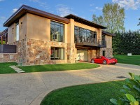 buy-this-car-lovers-mansion-for-4m-photo-gallery-video_20