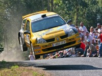 Renault Clio Super 1600 rally