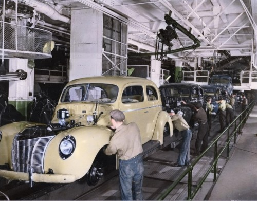 ford-100th-moving-assembly-line-04-800