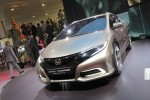 honda-civic-tourer-concept-12