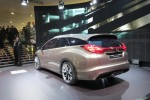 honda-civic-tourer-concept-5