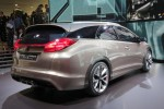 honda-civic-tourer-concept-7